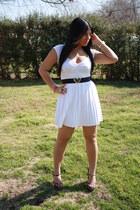 hot pink Forever 21 shoes - ivory windsor dress - black Zara belt