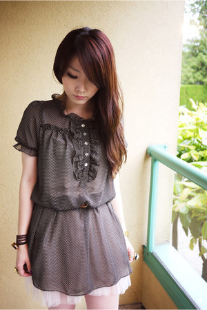 dark brown dress