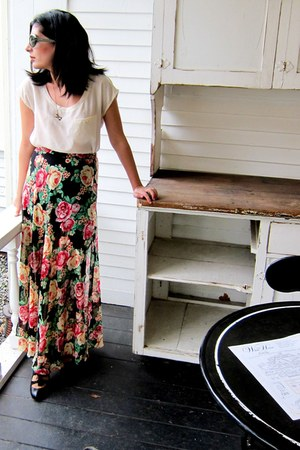 white Club Monaco top - black floral maxi Forever 21 skirt