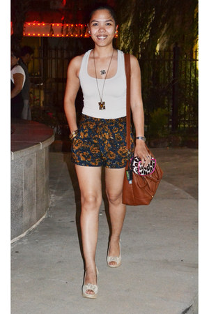 brown Cesca purse - navy floral print Forever 21 shorts - beige wedges - tan top