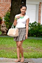 tan skirt - white top