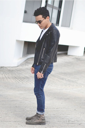 leather romwe jacket - pull&bear boots - pull&bear jeans