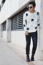cut out Choies boots - Zara jeans - stars Choies sweater