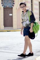 vintage shirt - Nasty Gal shoes - Bershka hat - vintage bag - Zara shorts