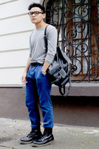 Zara belt - Dr Martens boots - Nasty Gal bag - chinos Tonic Clothing pants