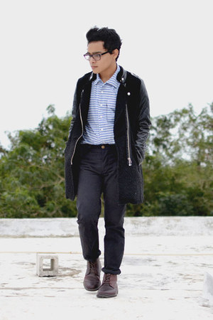 Dockers boots - leather sleeves Sheinside coat - stripped Levis shirt