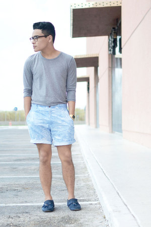 Zara top - vintage shorts - Zara loafers