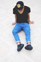 Southside Snapbacks hat - camo asos jeans - Zara t-shirt