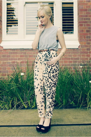 heather gray Miss Shop top - camel cameo pants - black Jeffrey Campbell heels