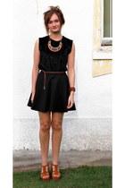 velvet romwe vest - suede Windsor Smith heels - skater Ally skirt