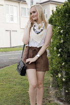 ivory Andéol scarf - black Sportsgirl bag - brown Ally shorts