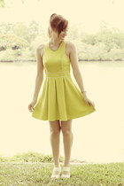 lime green fahrenheit dress - white Wittner sandals