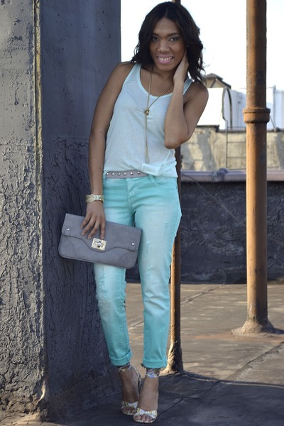 aquamarine distress Jcpenny jeans - tan strap nicole miller shoes