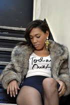 dark brown faux fur Rampage coat - camel graphic H&M shirt