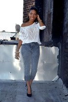 white crochet top - black pumps shoes - heather gray acid wash jeans