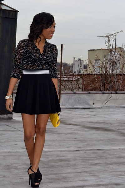 stripe belt - cotton flare skirt - polkadots top