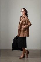 brown jacket JAMYBoen jacket - black dress JAMYBoen dress