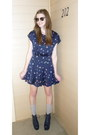 Silky-print-forever21-dress-gray-ribbed-gap-socks-jeffrey-campbell-heels
