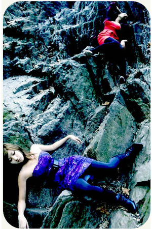 purple Forever 21 dress - gray H&M - black Aldo boots - black Aldo belt
