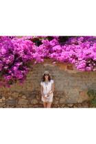 Bershka hat - brown Lefties belt - nude Zara blouse