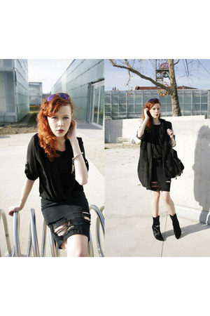 black H&M jacket - black Wrangler skirt - black H&M Trend vest