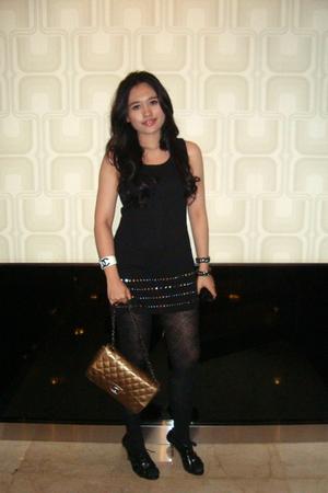 black Gucci dress - Chanel purse - black H&M tights - Chanel bracelet