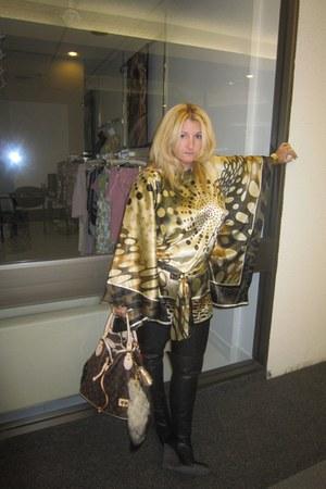 Lucky Brand boots - Louis Vuitton purse - kimono silk top BCBG blouse