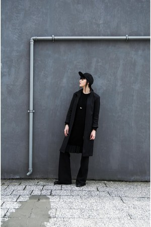 black sweater dress Secondhand dress - black long coat Secondhand coat