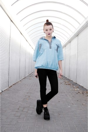 sky blue oversized second hand top - black creepers Ebay flats