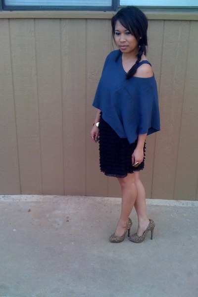 blue shirts black target skirts brown shoes quot color me