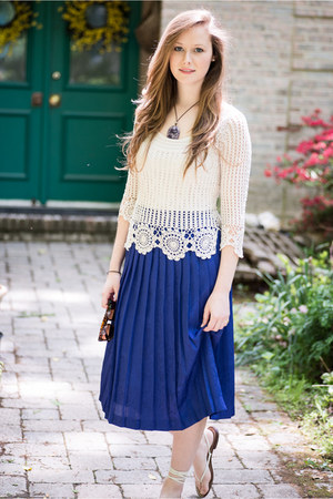 lace vintage top - purple midi vintage skirt