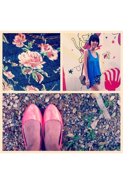 hot pink neon rubi flats - navy floral print shorts - blue plain cotton on top
