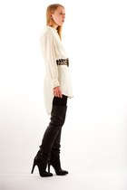 cream silk tunic IRO t-shirt - black Giuseppe Zanotti boots