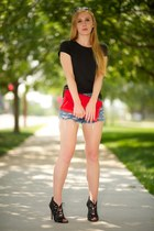 red envelope leather bag - navy denim Cut off shorts