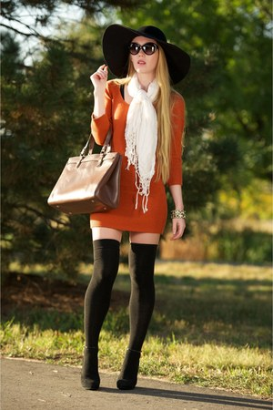 black Ozone Socks socks - burnt orange girlfriends material dress