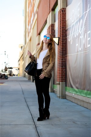 tan fringe Doma jacket - black suede Saint Laurent boots