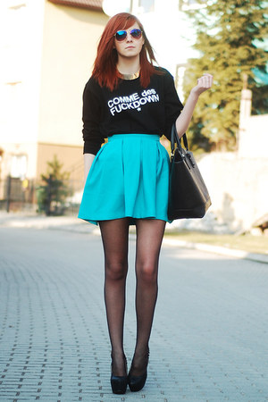 black tideshe sweatshirt - black kupbuty heels - PresKA skirt