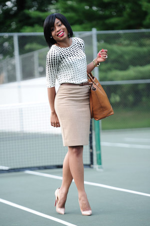 beige Christian Louboutin pumps - tawny Zara bag - beige polka dots Jcrew top