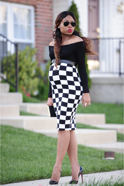 black checkered asos skirt - black asoscom top - black Christian Louboutin pumps