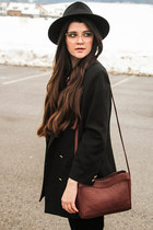 black Lierys hat - black vintage blazer - brick red Radley London bag