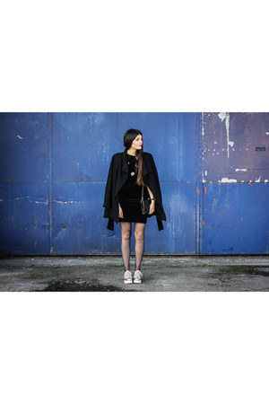 black velvet dress - camel shoes - black coat
