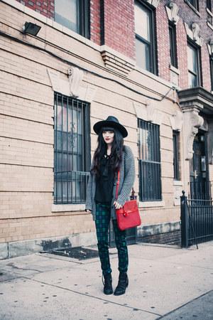 Kipling bag - heather gray cardigan cardigan - Zara pants