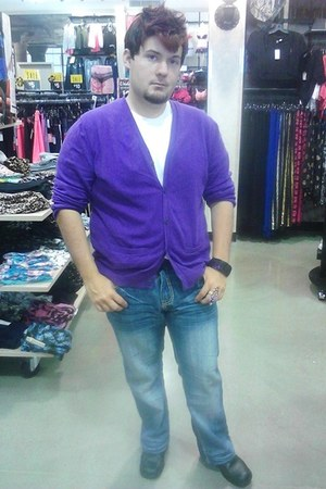 JCPenney cardigan - Carbon jeans - Hanes shirt