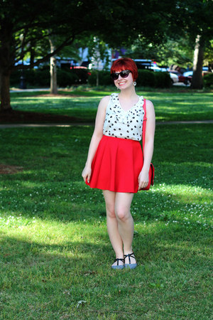 white modcloth top - black cat eye 5 Below sunglasses - black Boohoo flats