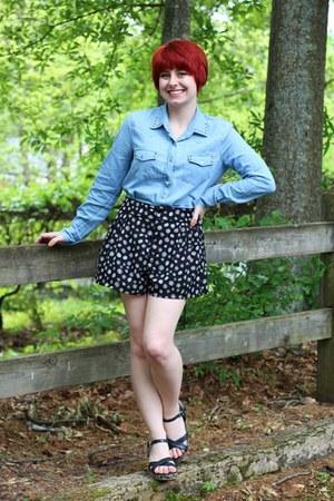 black H&M shorts - light blue Forever 21 shirt - black sandals Cherokee wedges