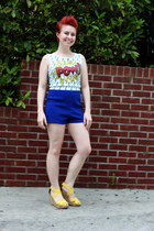 white comic print pow papaya top - blue high waisted Forever 21 shorts
