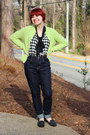 Blue-high-waisted-levis-jeans-lime-green-crew-neck-cardigan-black-boohoo-top