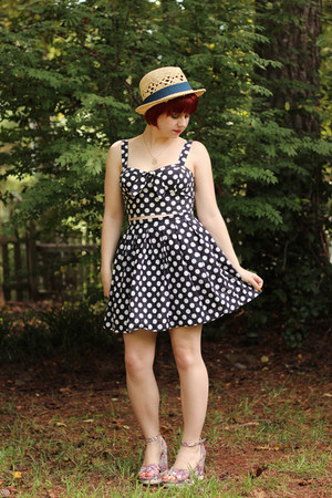 navy Forever 21 skirt - tan H&M hat - pink floral print Ross wedges