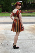 burnt orange modcloth dress - light orange large Forever 21 sunglasses