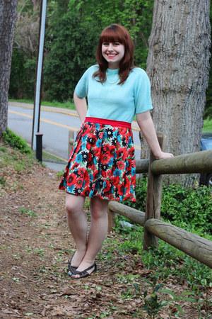 sky blue Baar & Beards sweater - red Home made skirt